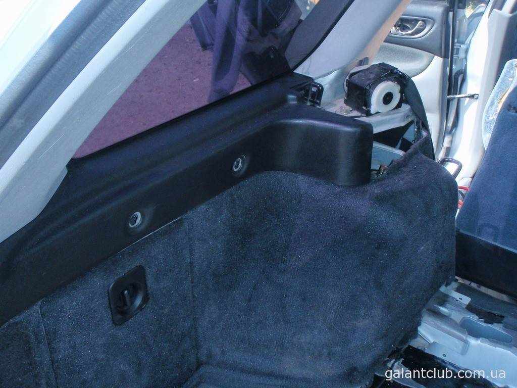 Разбираем багажник Galant EA