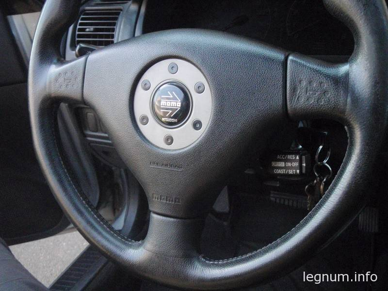Как установить круиз контроль на руль MOMO