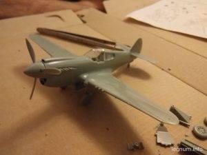 Модель самолета Киттихаук P40-E
