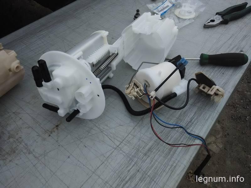Замена топливного фильтра Corolla