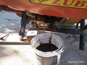 Замена масла в мотоблоке ZUBR