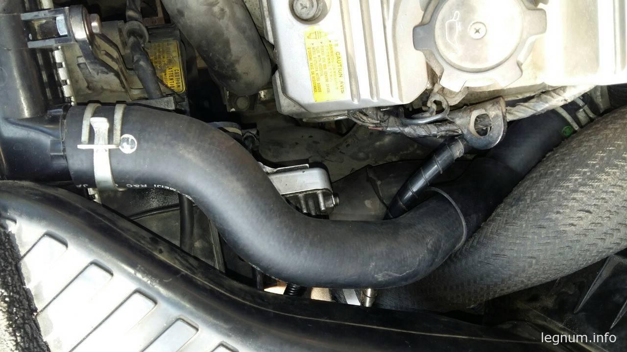 Патрубок охлаждения 6A13-VR4