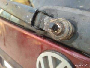 Ремонт моторчика дворника заднего стекла VW Passat B3