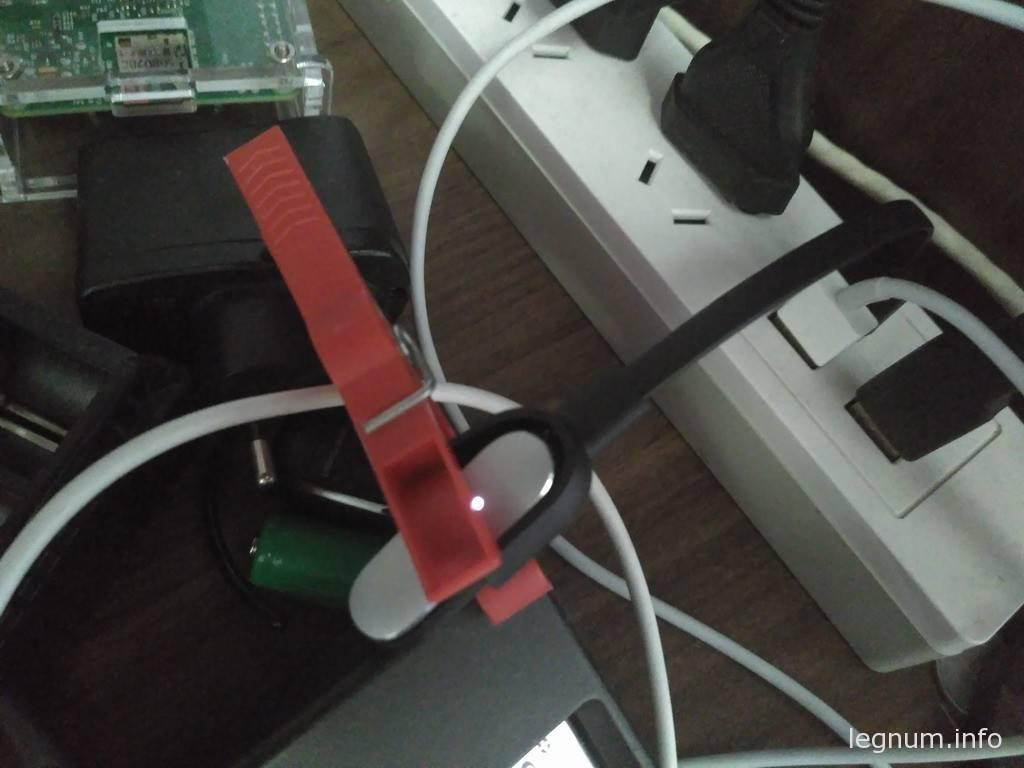 Зарядка фитнес браслета MiBand 1S