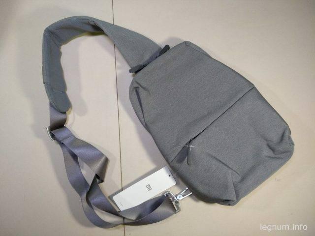 Рюкзак достаточно легкий, ткань не пачкается быстро и качество пошива не вызывает нареканий