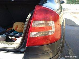 Замена лампочки фонаря Octavia A5