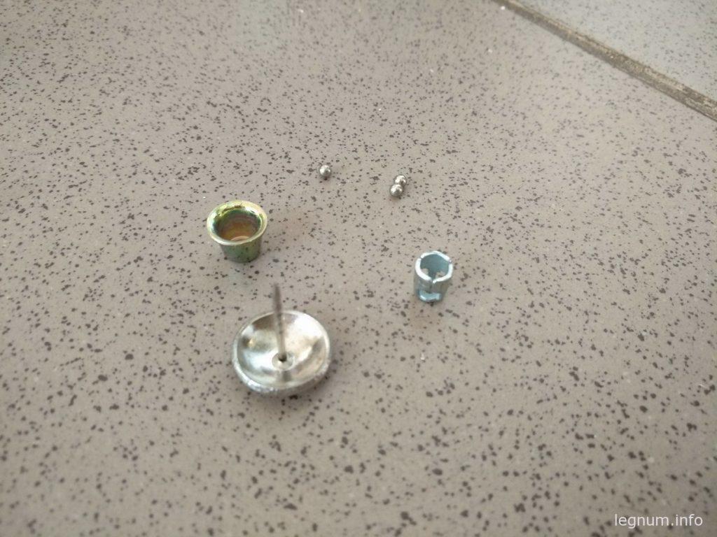 Устройство магнитного замка-бипера