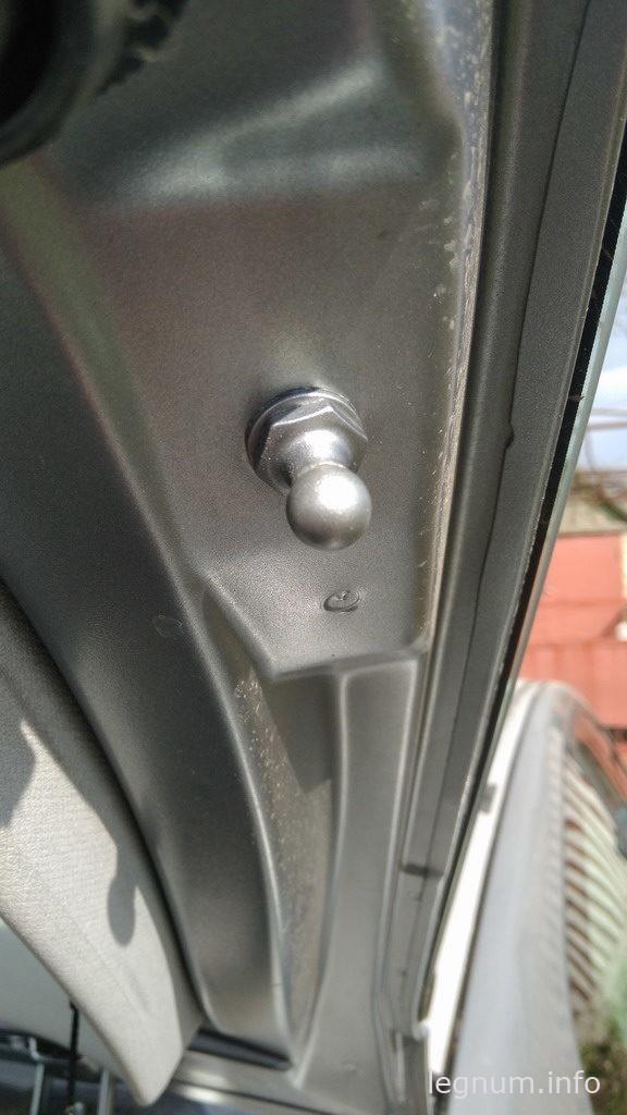 Замена упоров крышки багажника Fiat