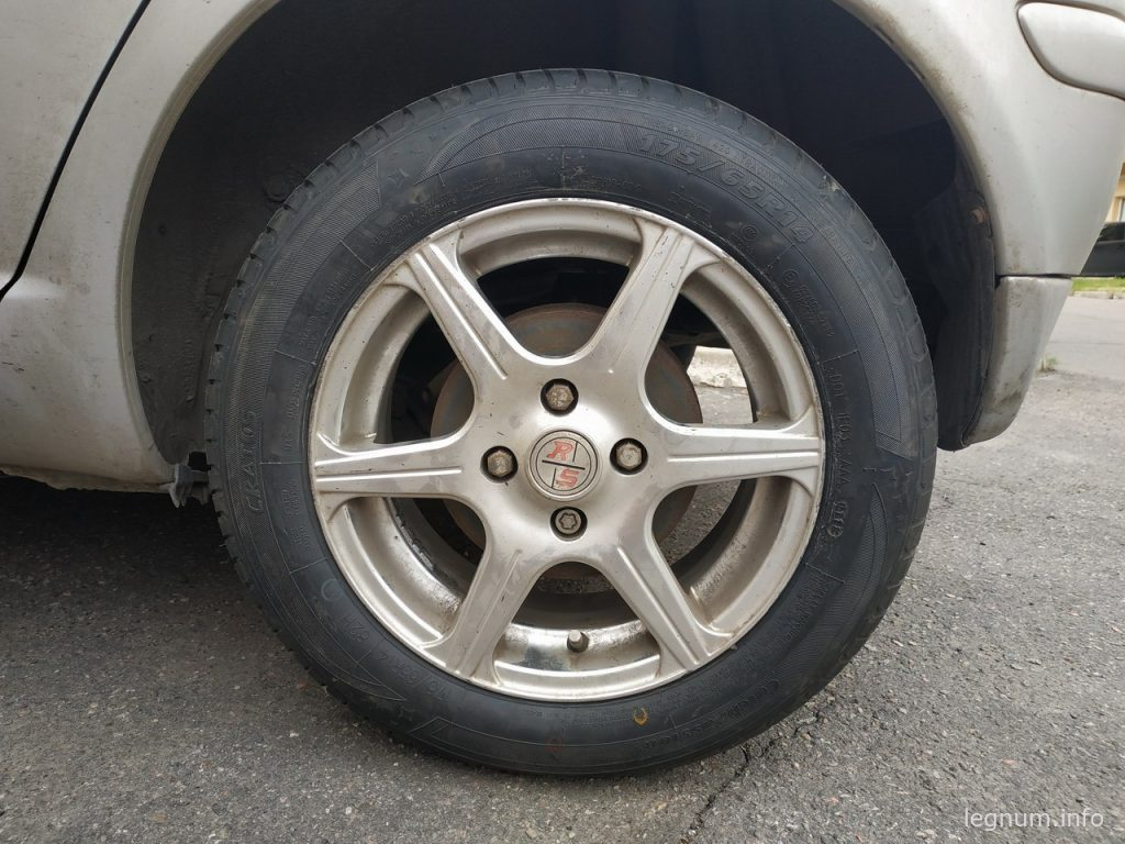 Летняя резина на Toyota Yaris